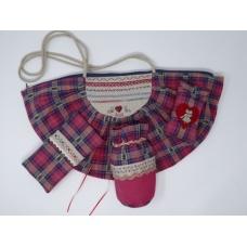 Le sac de Clara et ses accessoires